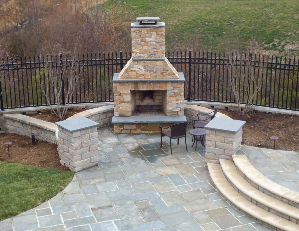 Beautiful flagstone patio and fire area