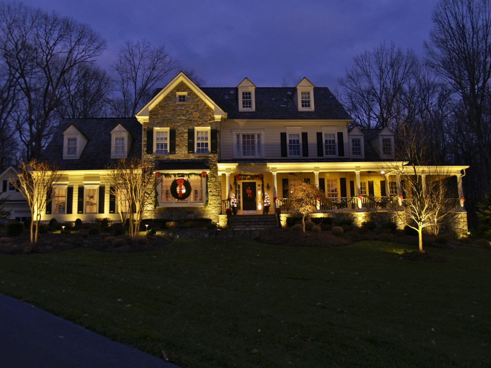 Outdoor lighting on house in Northern Virginia