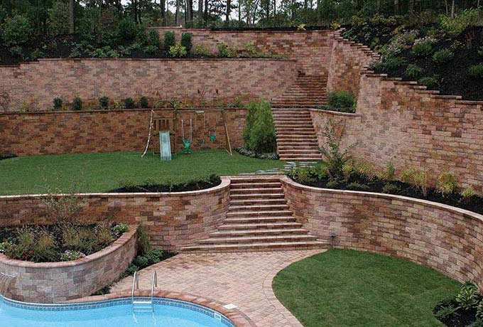 Structured Retaining Walls