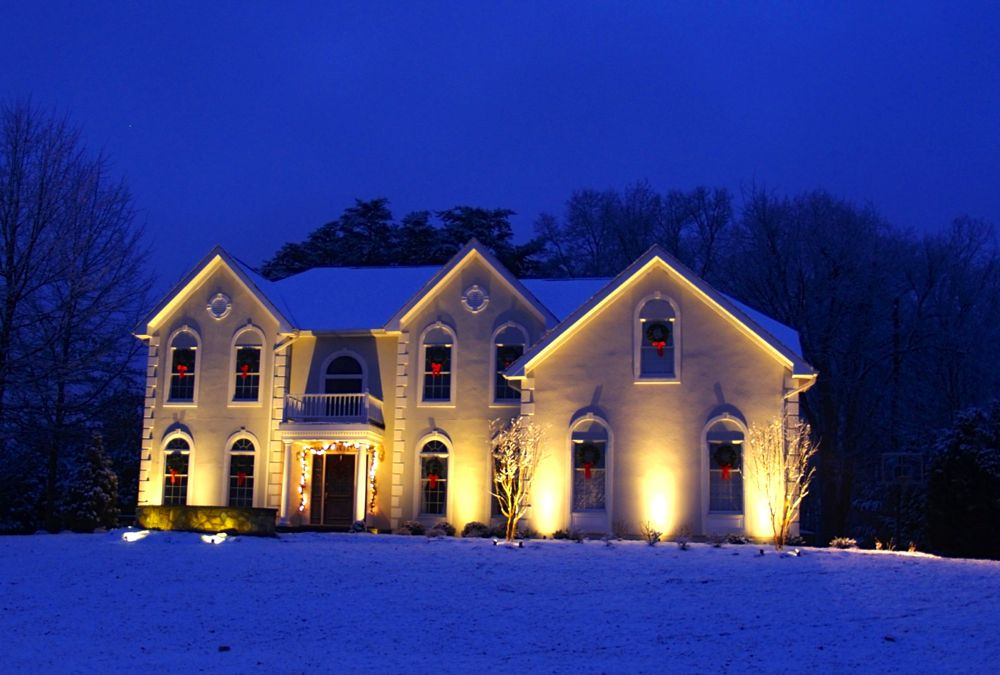 outdoor-lighting-snow-house-va